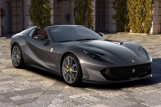 FERRARI 812 GTS new convertible with decent data